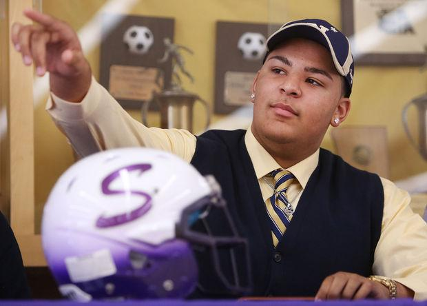 Athlete overcomes ACL injury to sign collegiately