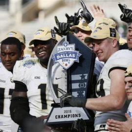 Timpf ties Bowl Game record